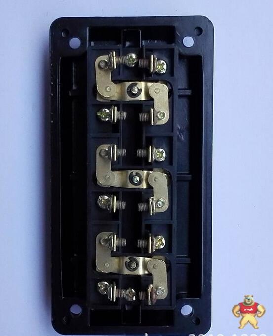 厂家直销供应3位开关按钮la4-3h