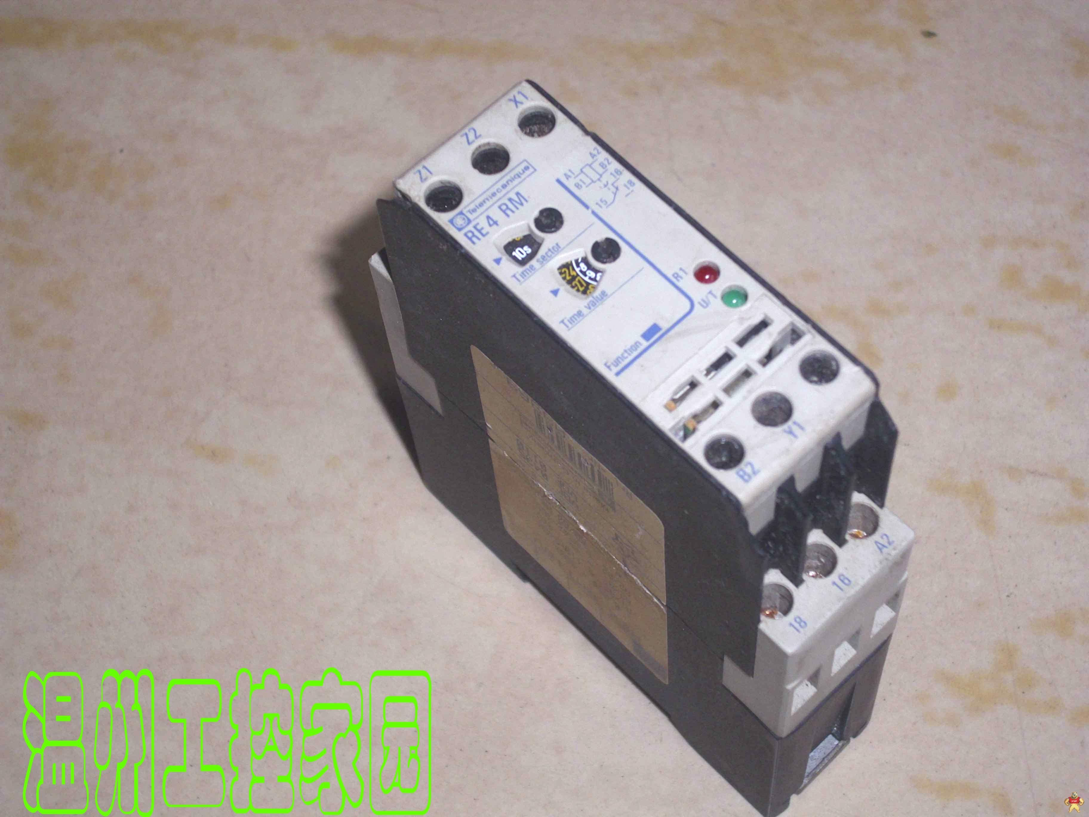 施耐德断电延时时间继电器re4rm11bu价格
