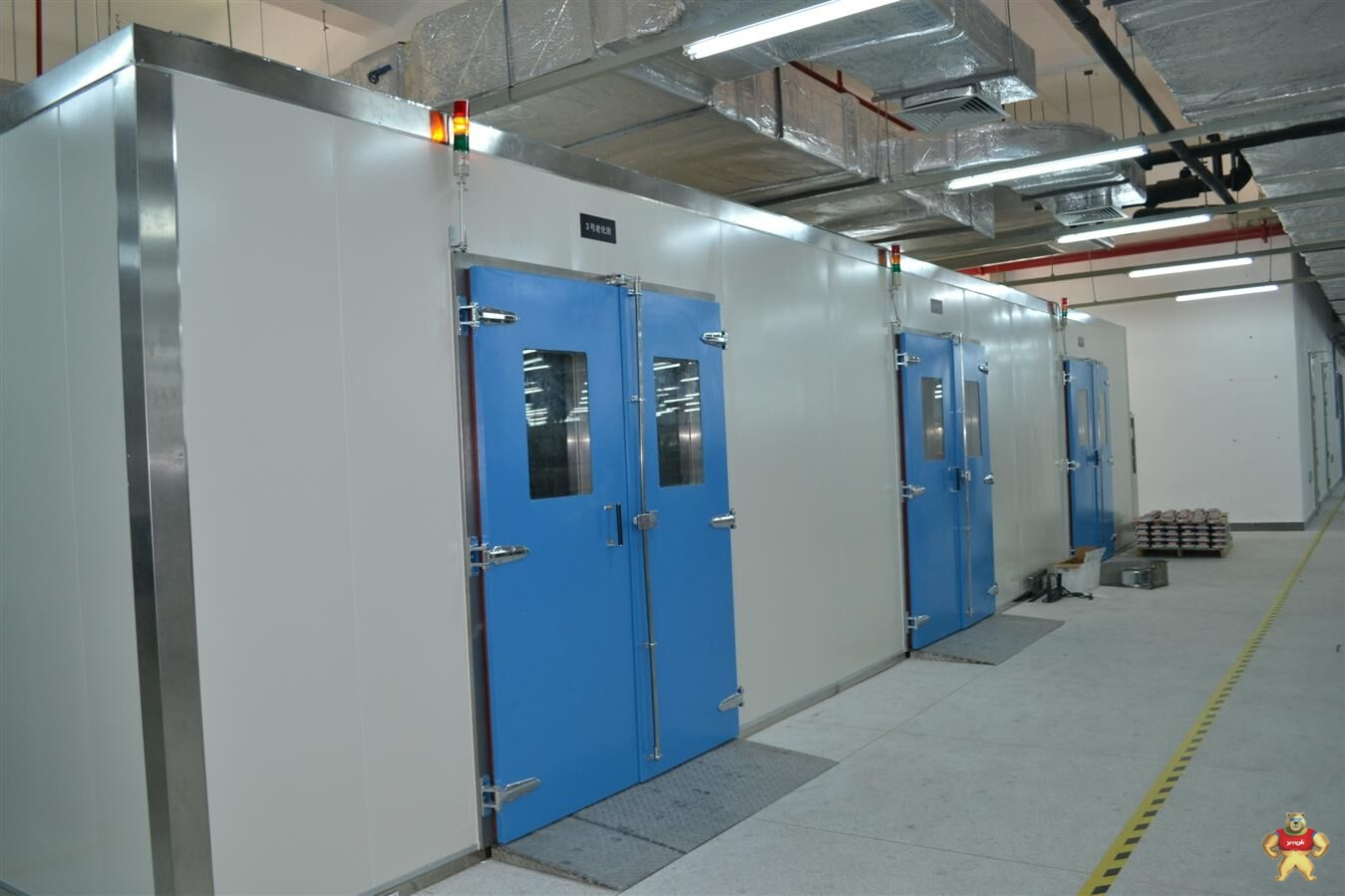 发酵箱温湿度电路图